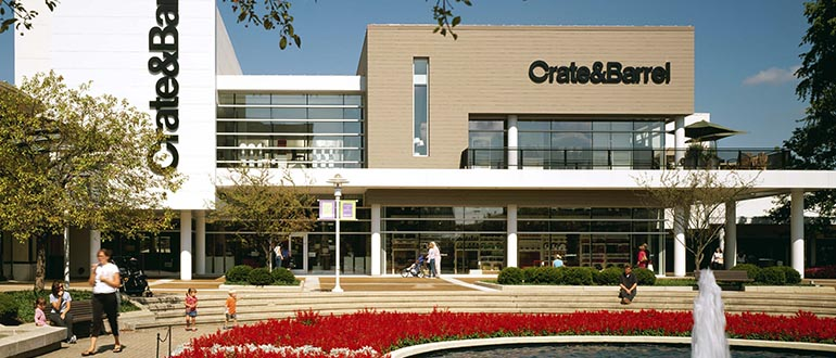 Oakbrook Center is a shopping and dining destination in an area that offers a vibrant mix of cultural and entertainment attractions. Make the most of your visit and explore a variety of .